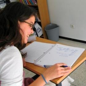 A Projects Abroad volunteer has a one-on-one lesson with a tutor on one of our language courses abroad.